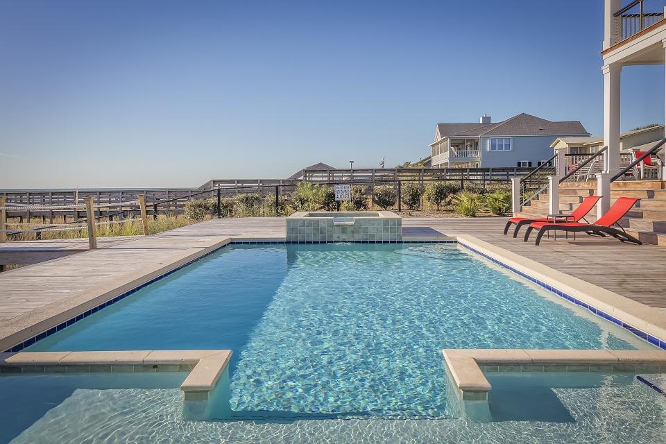 Je bazénový vysavač skutečně užitečný?