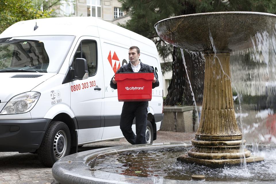 dodávka a fontána