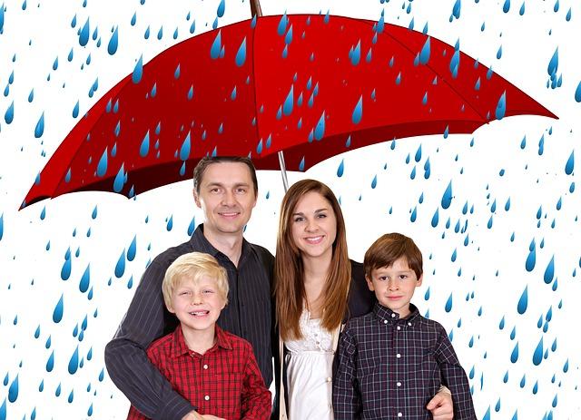 rodina pod deštníkem