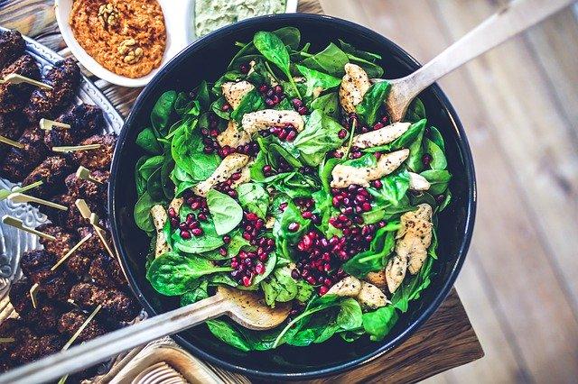 Lehký špenátový salát
