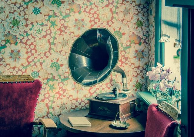 gramofon, tapeta, květy