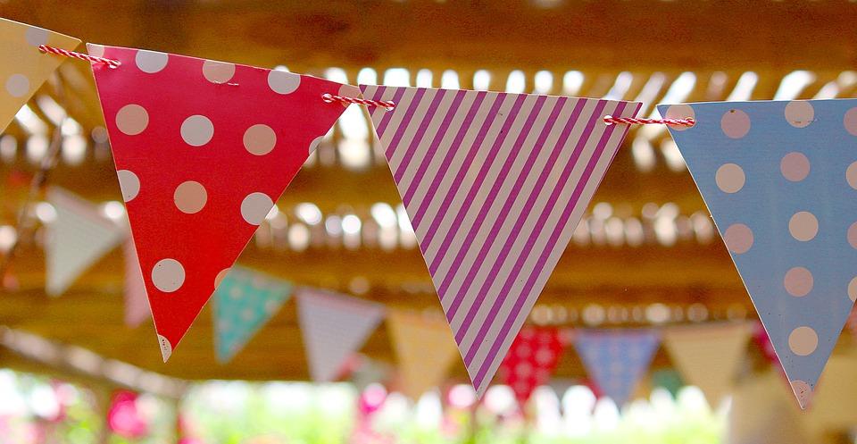 Pronájem párty stanů různé velikosti pro rodinné oslavy i firemní akce